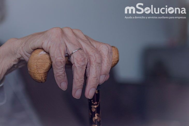 Cuidador profesional para mayores: La mejor decisión